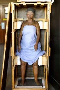 http://tinaomone.blogspot.ch/2015/11/shocking-life-of-sarah-baartmans-south.html (21.09.2016)